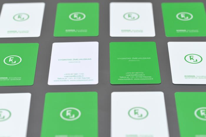 Skaitmeninė spauda plastikinių kortelių gamyboje
